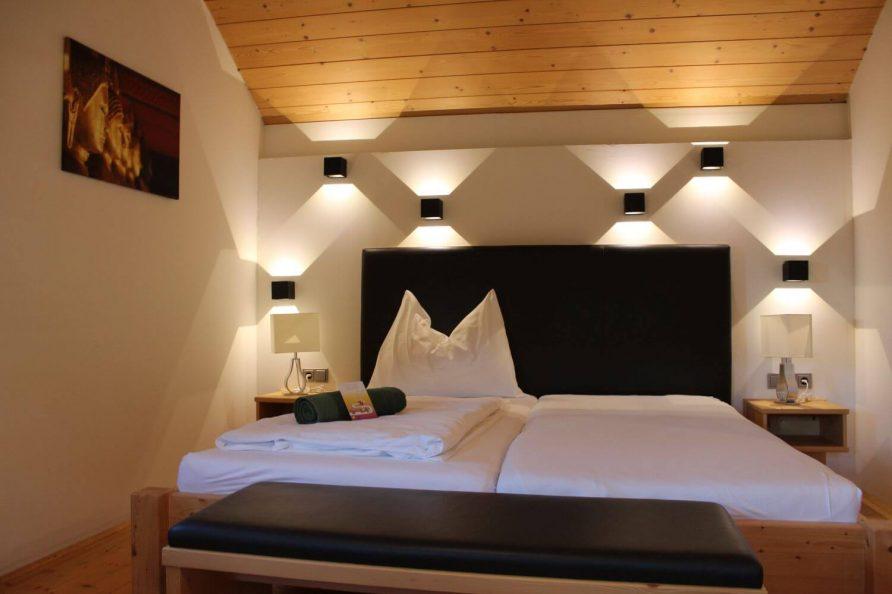 Doppelbett Blockhaus